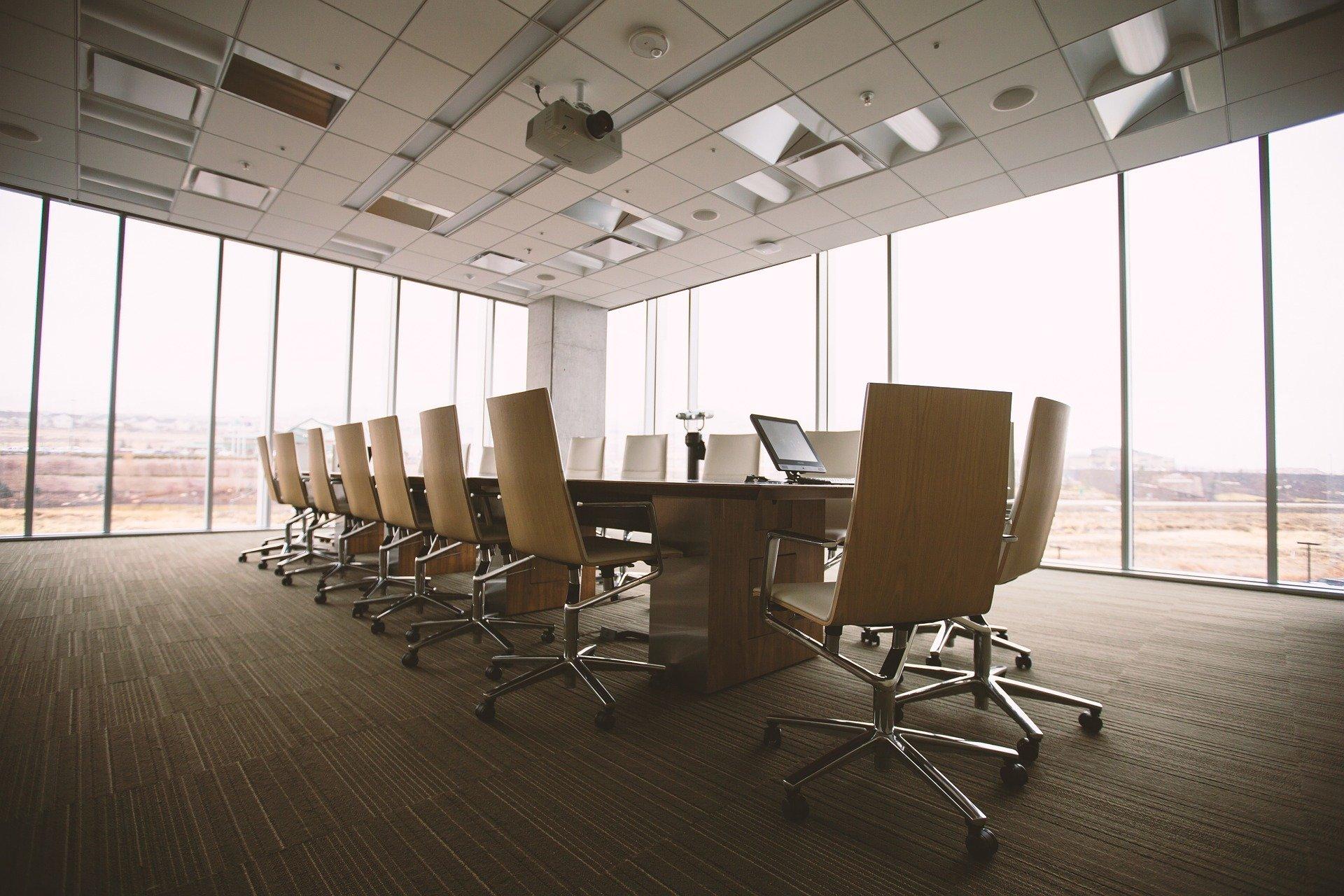 Best Ergonomic Office Chair Under 1000 October 2020